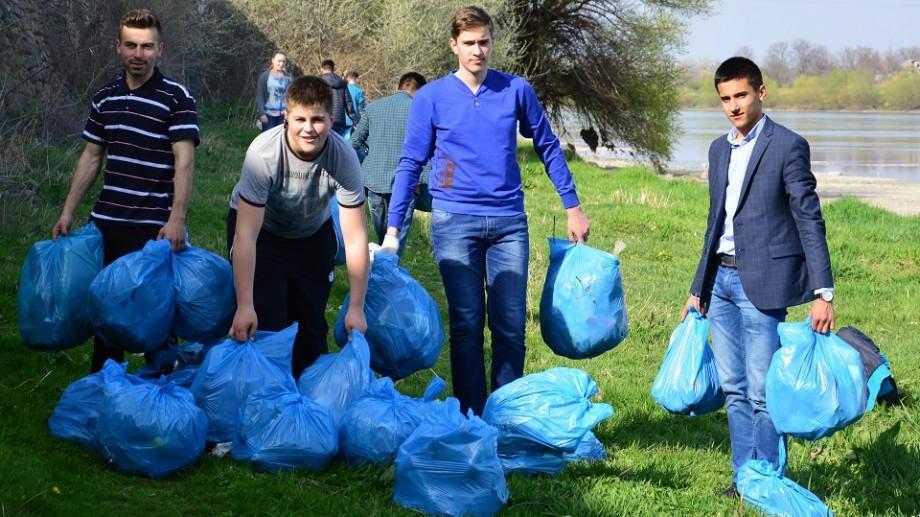 """De la mic la mare tinerii sunt invitați să participe la concursului Republican al proiectelor ecologice """"UP!Eco"""""""