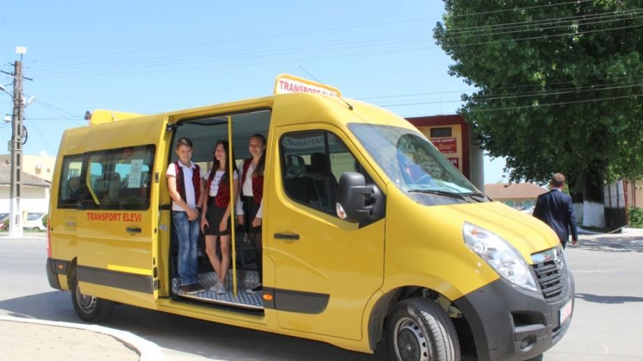 Guvernul României va dona Republicii Moldova 96 de microbuze destinate transportului de elevi