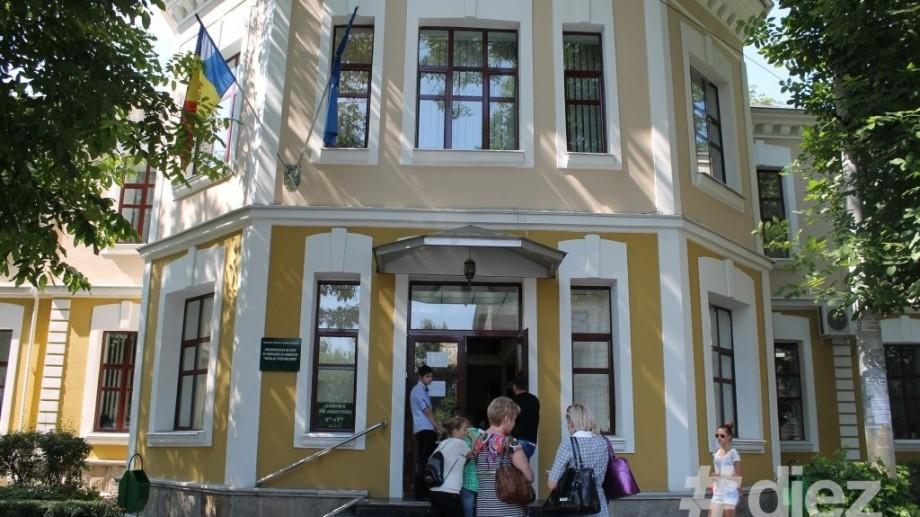 """Universitatea de Stat de Medicină şi Farmacie """"Nicolae Testemiţanu"""" vă invită la Ziua uşilor deschise"""