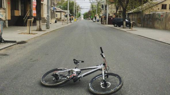 (foto) De sărbători, toate drumurile duc în altă parte decât spre Chișinău. Cum arată Capitala în ziua de Paști