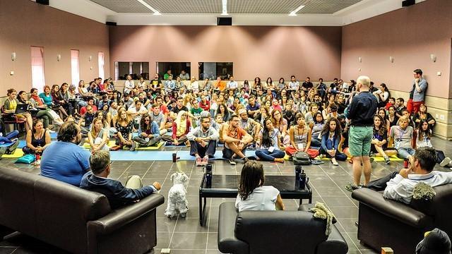 Participă la EDU Forum și petrece 10 ore de mentorat și dezbateri dedicate în totalitate educației