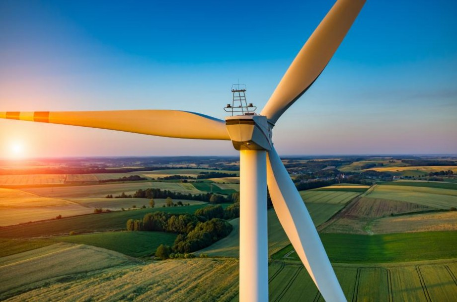 UTM lansează un atlas al energiei eoliene: În ce zone din Moldova ar putea fi instalate mori de vânt