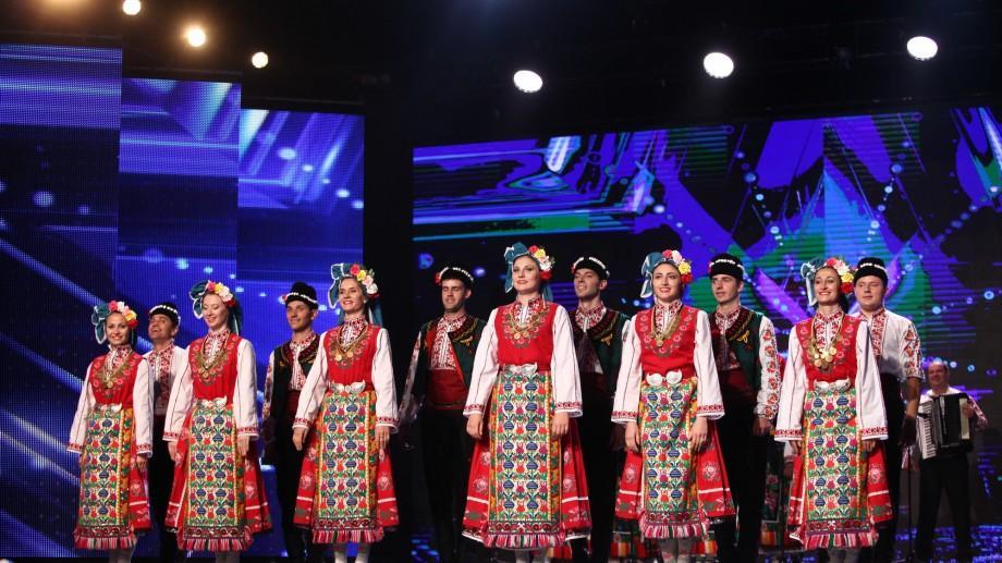 """(video) Un ansamblu popular din Taraclia a impresionat jurații de la """"Românii au Talent"""" cu cântece bulgărești"""