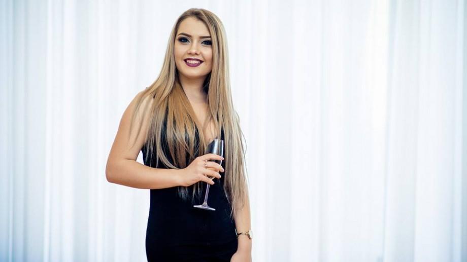(foto) Miss USM 2017: Corina Braga este cea mai frumoasă studentă din cadrul Universității de Stat