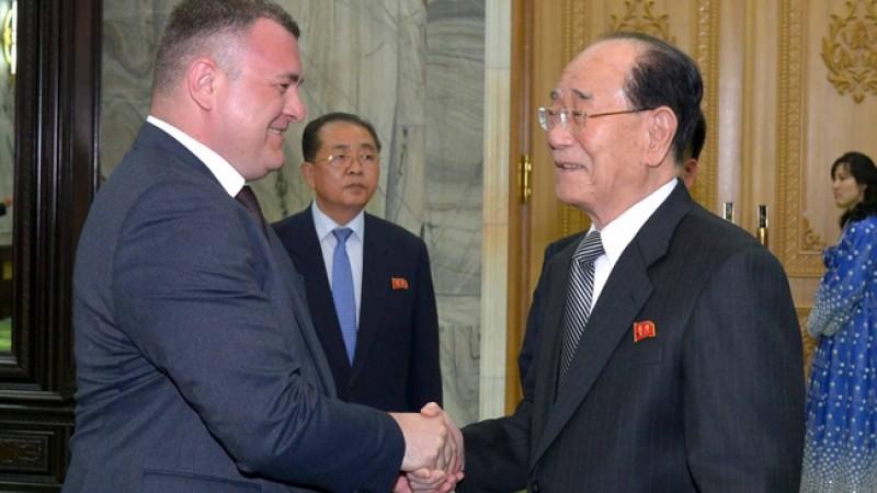(foto) Delegația PSRM, primită într-o atmosferă prietenoasă în Coreea de Nord