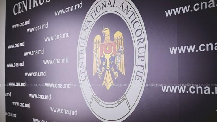 Percheziții la Primăria din Cimișlia. Cinci persoane sunt cercetate penal într-un dosar de corupție