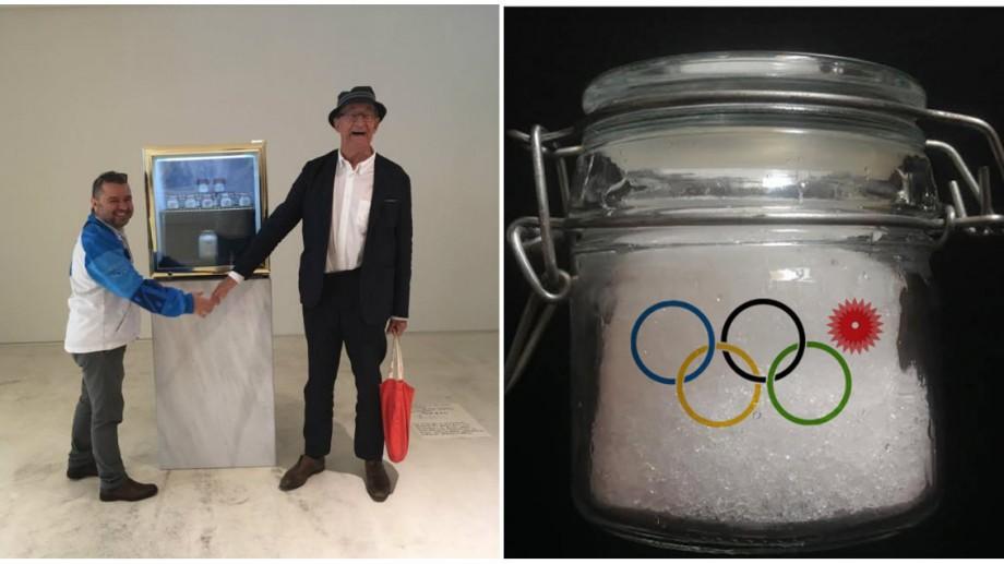 (foto) Pavel Brăila participă cu zăpadă conservată la una dintre cele mai importante expoziţii de artă modernă