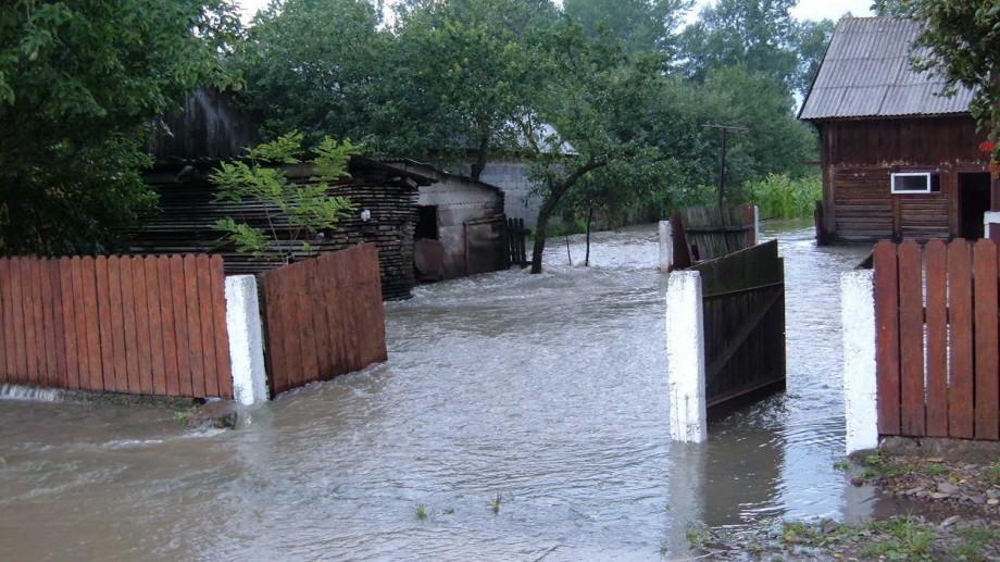 Avertizare. Odată cu topirea zăpezii există un risc real de inundații în țară