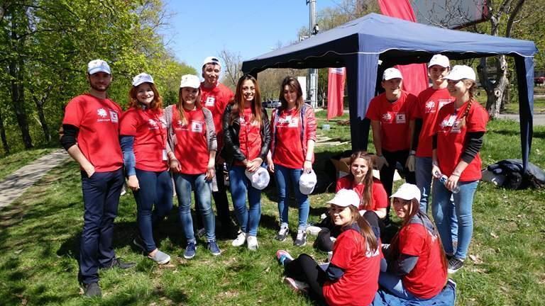 echipa voluntari Riscani