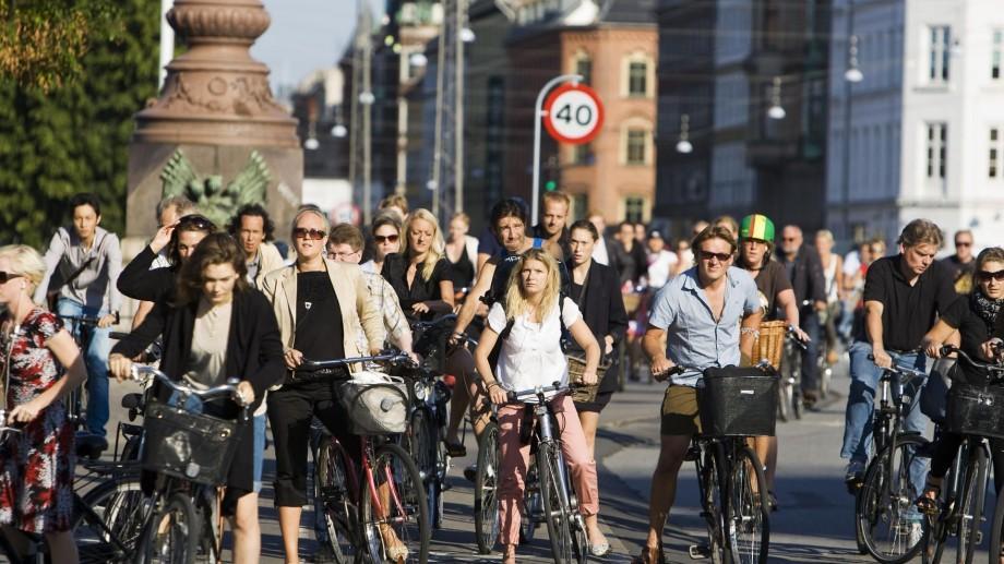 (foto) Ciclist în Europa și… la Chișinău