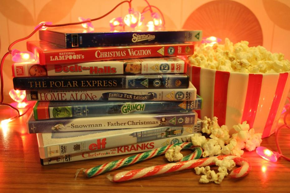 festive-activity-christmas-film-movie-marathon-with-popcorn-and-candy-canes