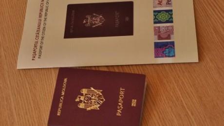 Licitația de 110 milioane de lei pentru noile pașapoarte a fost câștigată de o companie din Lituania