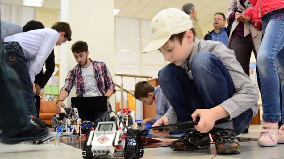 """Cei mai talentați și creativi tineri sunt invitați să participe la concursul republican Cel mai bun inovator """"Genius"""""""