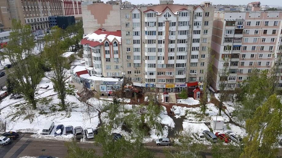 Iluminatul stradal din Chișinău distrus în timpul intemperiei va fi restabilit într-o lună