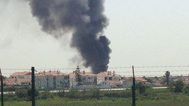 (foto, video) Un avion de mici dimensiuni s-a prăbușit la Lisabona. Aeronava ar fi explodat în aer