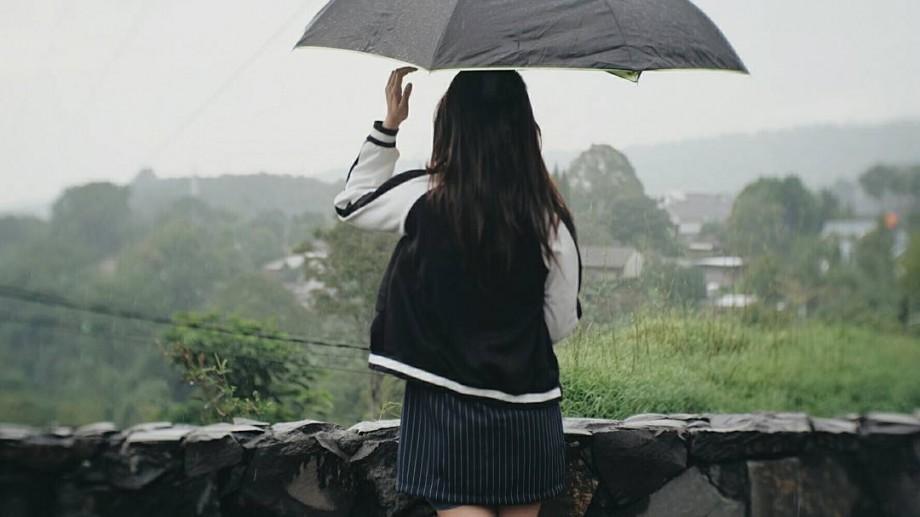 Temperaturi scăzute, izolat vor cădea ploi. Cum va fi vremea în următoarele zile