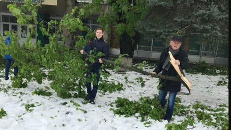 (video) 9 instituții de învățământ, grav avariate în urma ninsorii din aprilie. Pagubele ajung la 70 mil de lei