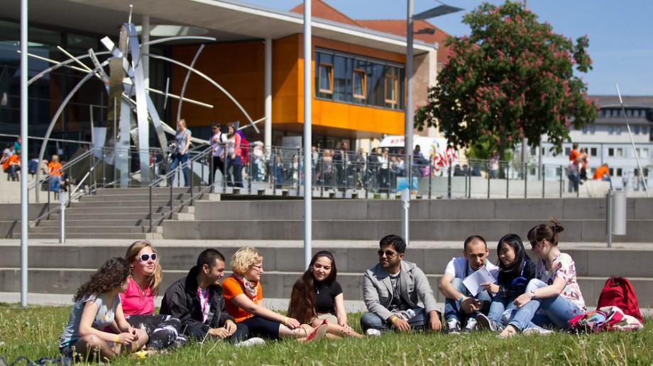 Ești student la UTM? Află cum poți câștiga o bursă de 800 de euro la o universitate din Germania