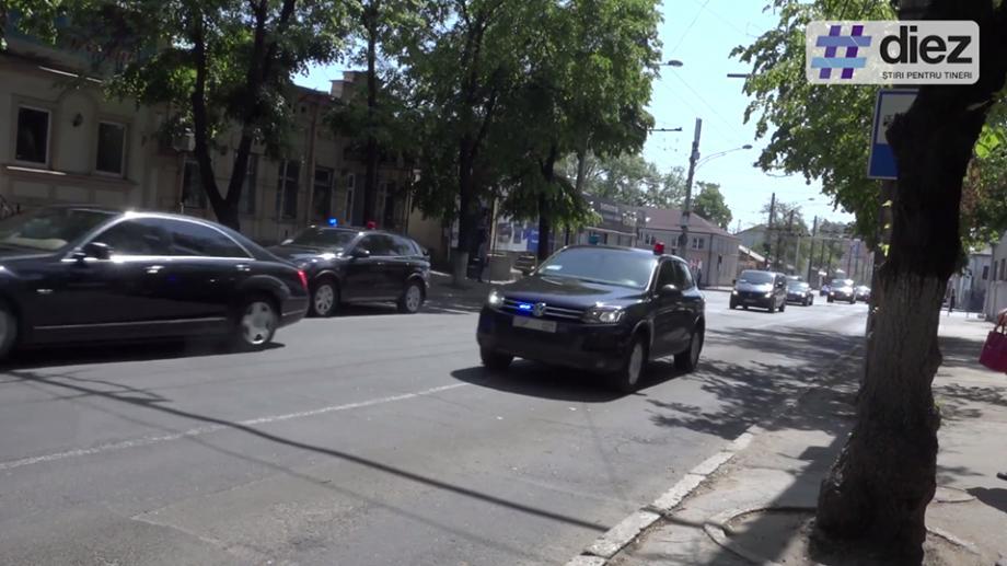 (video) 37 de mașini în cortegiul prim-ministru Turciei. Accesul pe mai multe străzi este restricționat