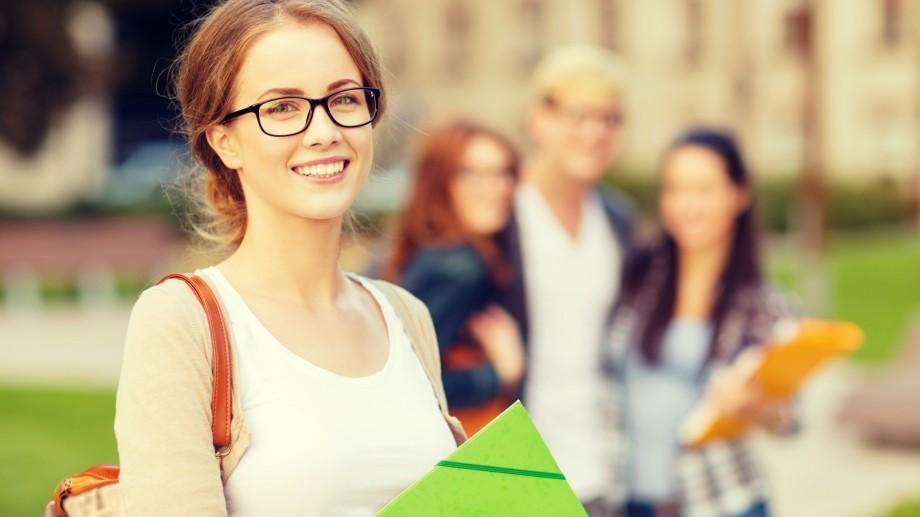 """Centrul de Informare și Susținere a Tinerilor Economiști """"Certitudine"""" recrutează voluntari"""