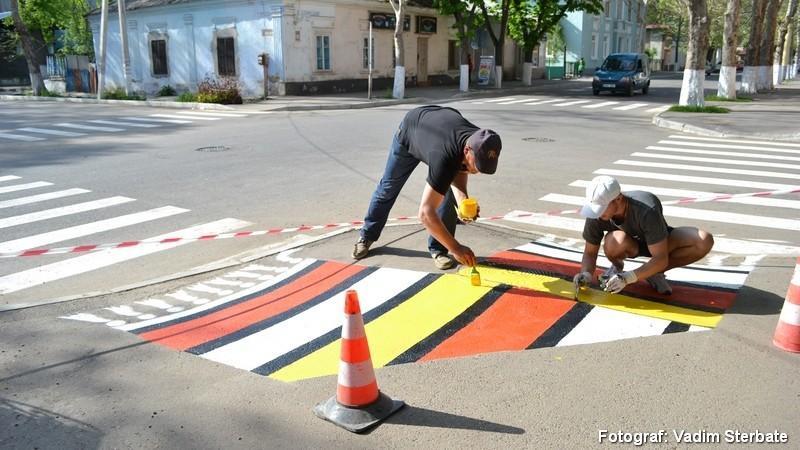 """(foto) """"Casa mare a neamului"""", acum și pe străzile din orașul Soroca"""