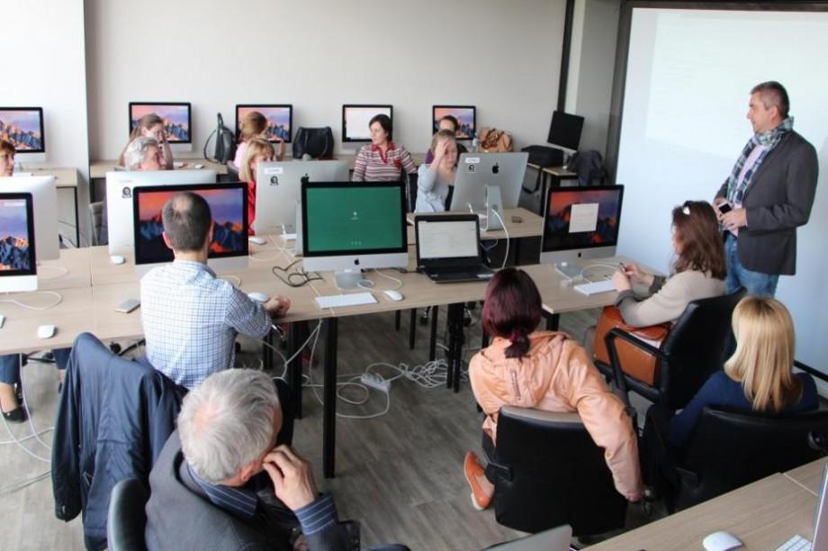 Un grup de profesori de la UTM vor fi instruiți pentru predarea unor cursuri inovative