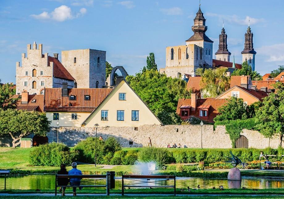 Petrece un an în Suedia și implică-te în activități sociale de voluntariat