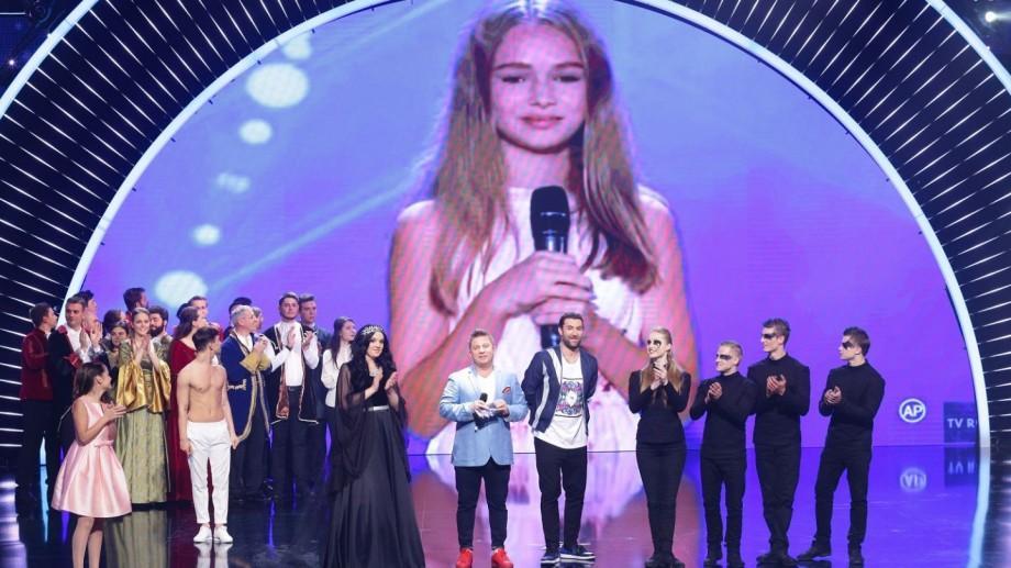 """(video) Eva Timuș merge direct în marea finală """"Românii au Talent"""" după ce a primit Wild Card-ul din partea juriului"""