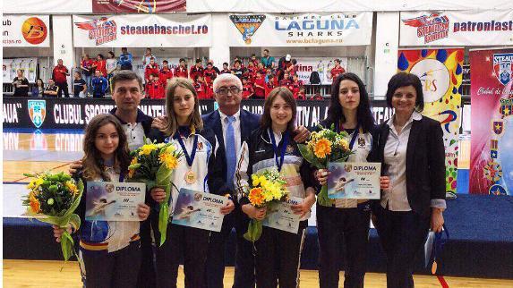 Sportivele din Republica Moldova au cucerit bronzul la o competiție europeană de scrimă