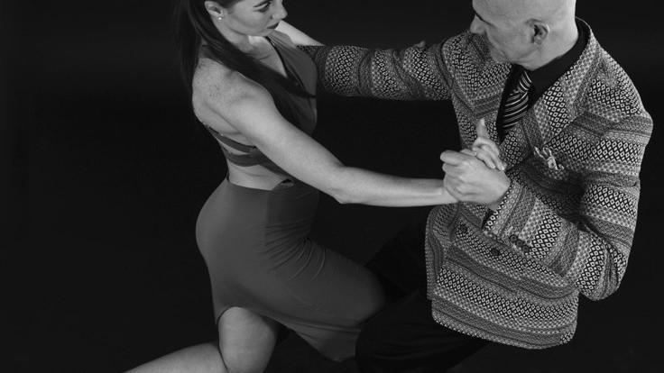 (foto) Cum e să dansezi tangou în Moldova: Dansul ne satisface dorințele fără a ne complica prea mult