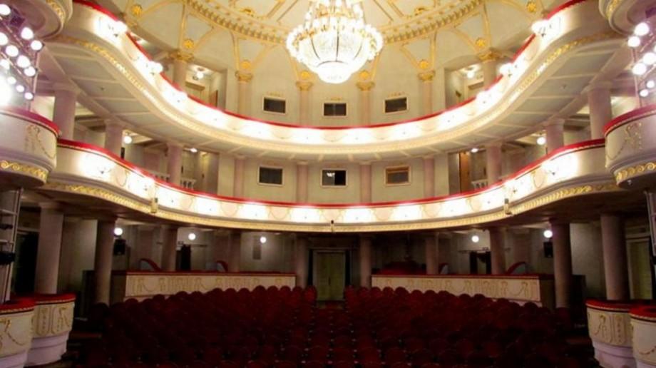 """Invitaţie la teatru! Ce spectacole vor fi puse în scenă săptămâna viitoare la Teatrul """"Mihai Eminescu"""""""