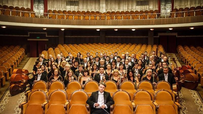 Petrece-ți serile în compania notelor de pian! Doi pianiști americani vor ține spectacole la Filarmonica Națională