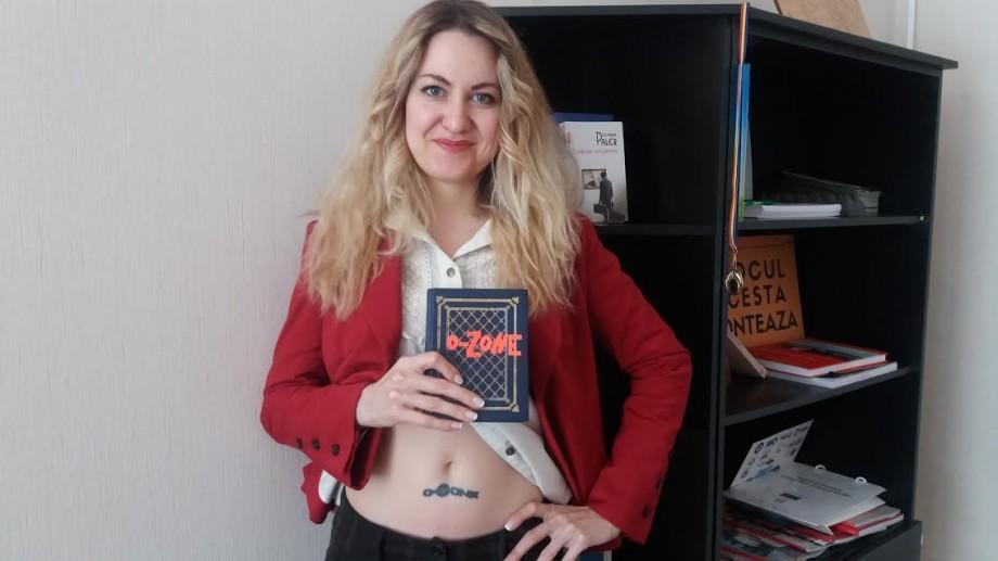(foto) Tatuaj pe abdomen și fotografii de colecție: Cu ce amintiri a rămas cea mai mare fană O-Zone din toate timpurile