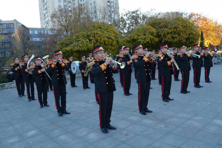 Spectacol militar de Ziua Recrutului la Chișinău. Armata Națională îi convinge pe tineri să devină soldați