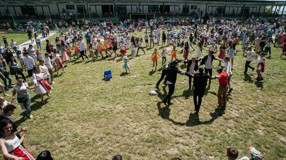 Invită-ți colegii de muncă la un team building de vară și petreceți la primul festival al companiilor autohtone