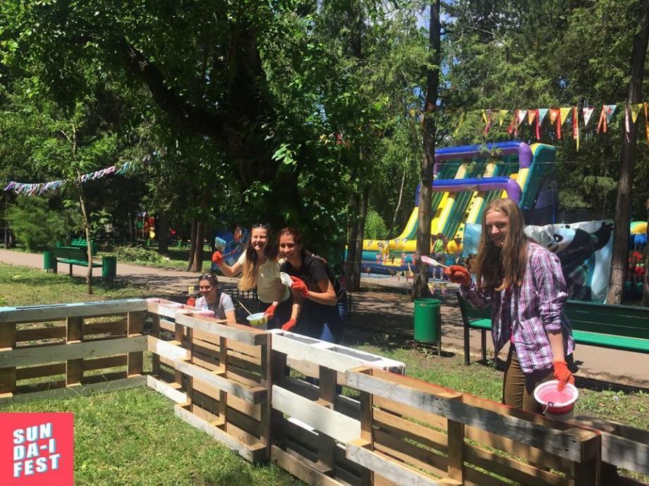 (foto, video) SUN DĂ-I FEST are loc astăzi în Grădina Publică Ștefan cel Mare! Cum se vede festivalul ECO pe rețelele de socializare