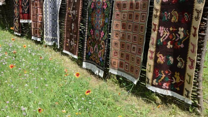 """Covorul tradițional – parte a Tezaurului UNESCO. Vino la festivalul """"Frumos Covor Basarabean"""" și susține identitatea națională"""