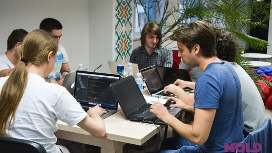 (foto, video) Școala de Drupal 8 + PHP – un proiect după care vei putea crea platforme online personale după doar 2 luni