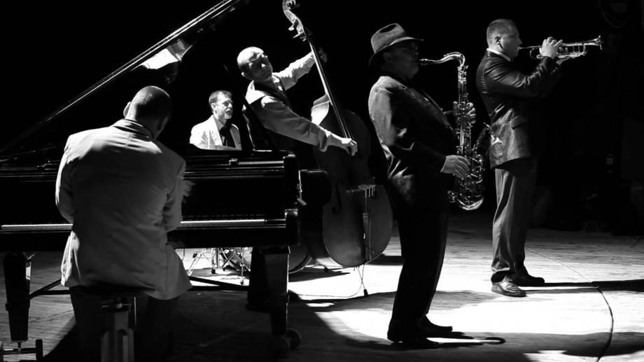 Petrece Ziua Independenței SUA în ritmuri de Jazz`n`Blues la ALC Buiucani