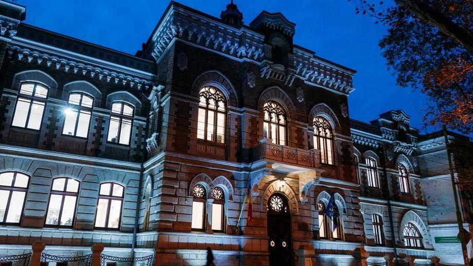 (galerie foto) Ce puteți vedea într-o vizită la Muzeul Național de Artă al Moldovei din Chișinău