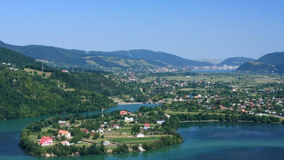 Ajută la construirea unei case și primește în schimb o vacanță în Neamț, România