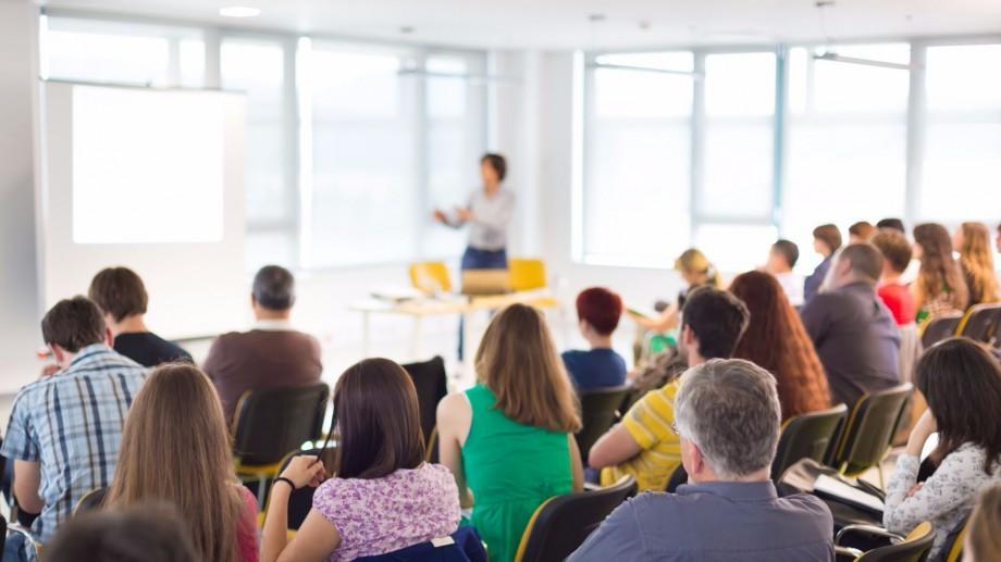 Oportunitate. Participă la un training internațional de formare a lucrătorilor de tineret