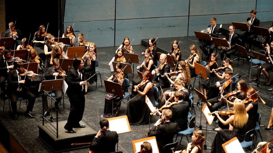 """Moldovan National Youth Orchestra te invită la seria concertelor inedite cu """"Muzică din filme Oscar"""""""