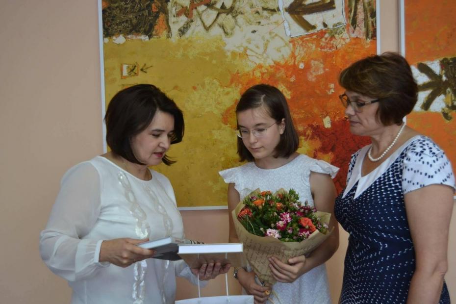 """Tinere talente! Elizaveta Coroli a adus acasă premiul I de la concursul internațional """"Flame"""""""