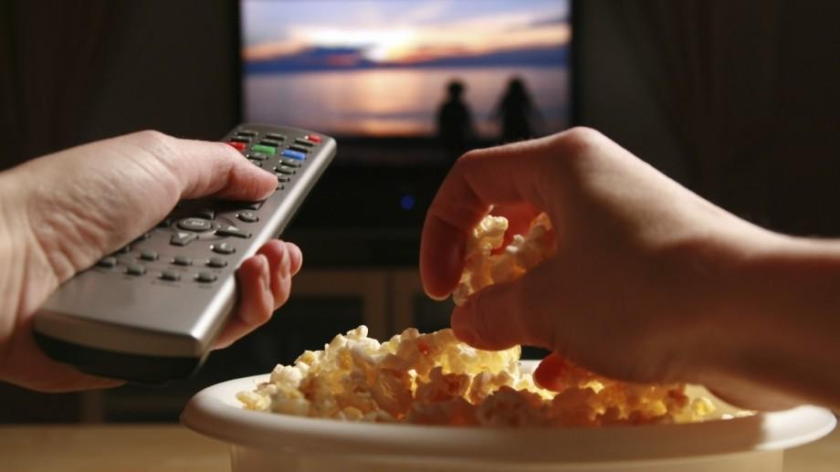 Recomandări #diez: Ce filme să privești când e prea cald afară și nu poți ieși nicăieri