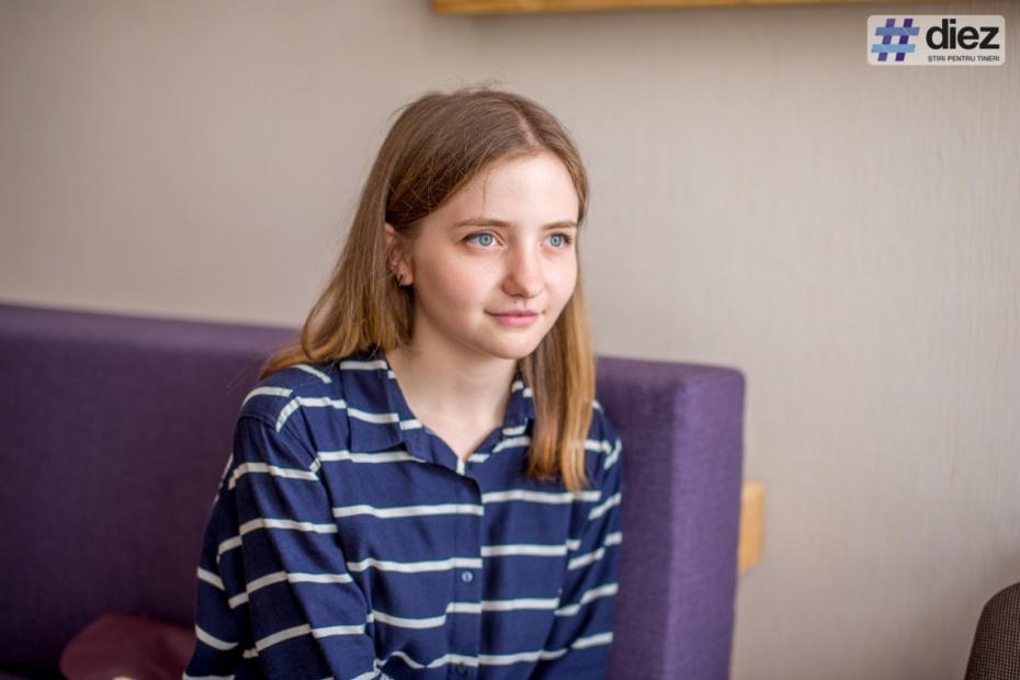 Tinerii care nu acceptă premiile președintelui Dodon. Motivul Sorinei Solonaru, una dintre elevele cu 10 pe linie la BAC