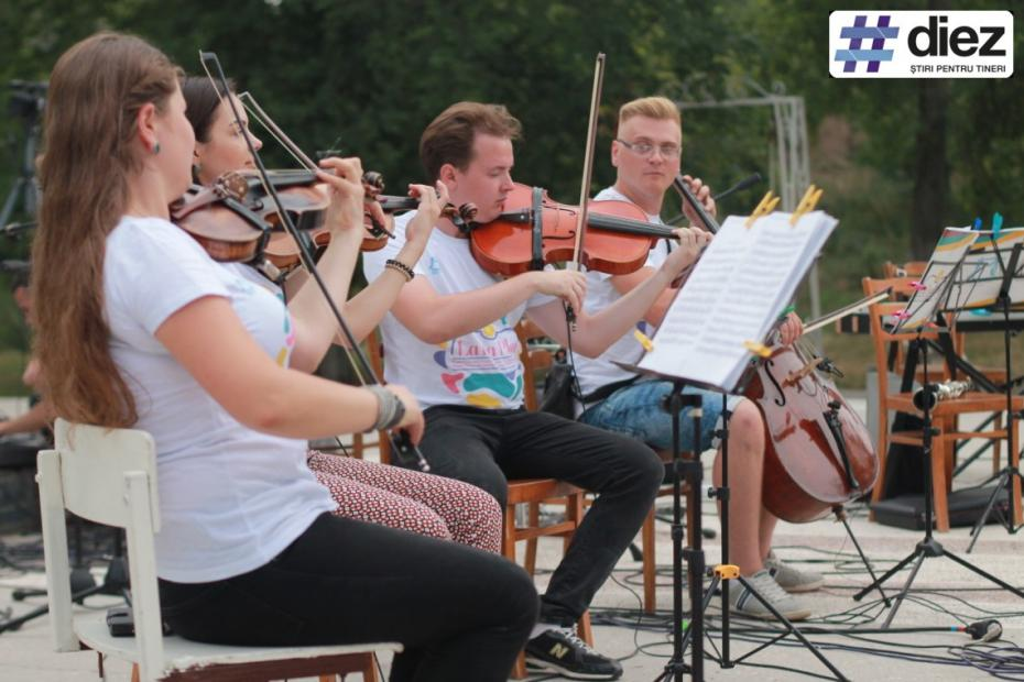 (galerie foto) Muzică clasică pentru toată lumea. La La Play a ajuns la Taraclia