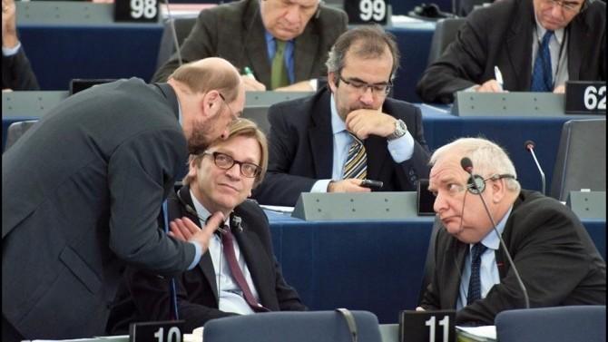 Apelul PPE și ALDE: Să stopeze orice finanțare și să revizuiască Acordul de Asociere Republica Moldova- UE