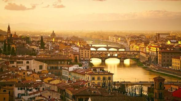 """(foto) A fost votat cel mai frumos oraș din Europa în 2017. """"Unul dintre cele mai frumoase peisaje rurale la nivel mondial"""""""