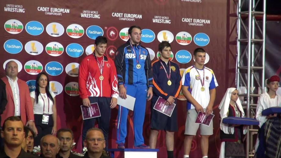 Moldova a câștigat încă două medalii la europenele de lupte printre cadeți